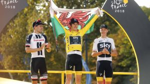 PARIS CHAMPS-ELYSEES, FRANCE - JULY 29 : DUMOULIN Tom (NED) of Team Sunweb, THOMAS Geraint (GBR) of Team SKY, FROOME Chris (GBR) of Team SKY pictured on the podium during during stage 21 of the 105th edition of the 2018 Tour de France cycling race, a stage of 116 kms between Houilles and Paris Champs-Elysees on July 29, 2018 in Paris Champs-Elysees, France, 29/07/18 CYCLISME : Tour de France - Etape 21 - Houilles / Paris Champs-Elysees - 29/07/2018 PhotoNews/Panoramic PUBLICATIONxINxGERxSUIxAUTxHUNxONLY